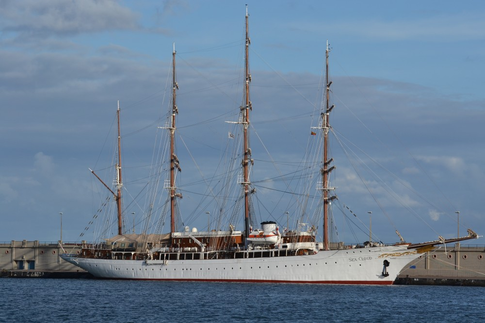 Sea cloud - Mes del crucero ...